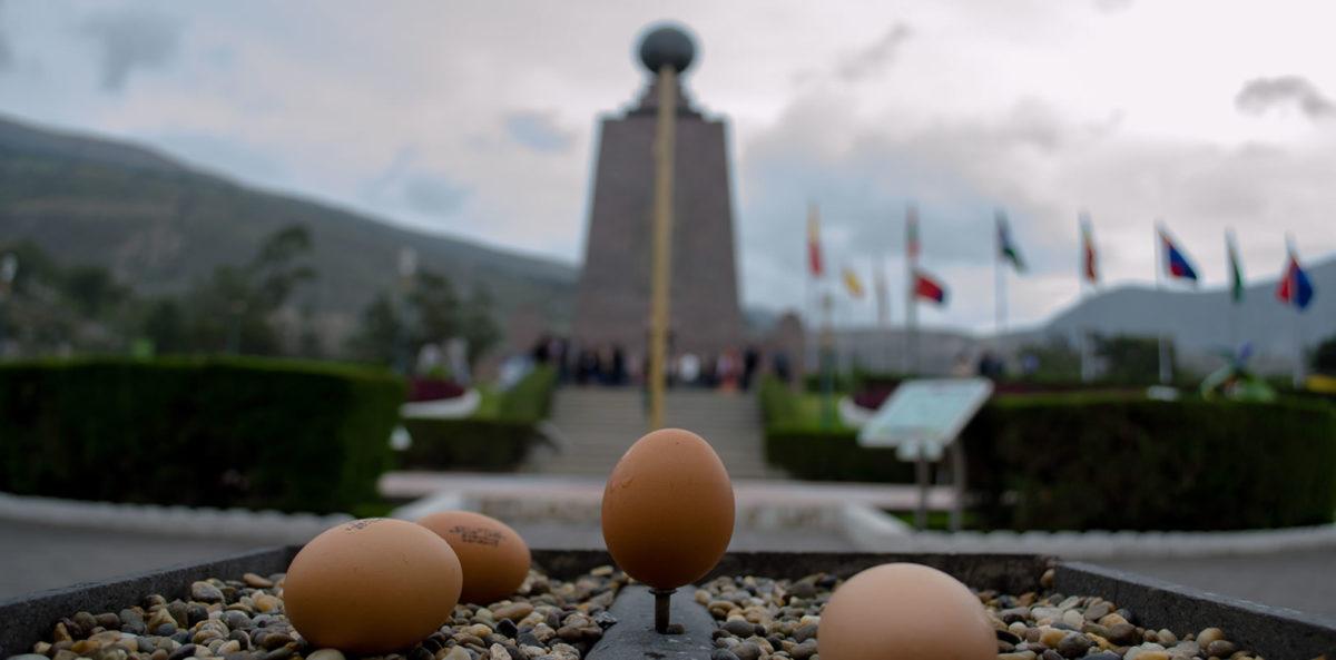 Quito con un pie en el hemisferio norte y otro en el sur